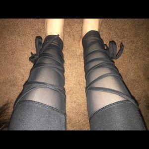 NEW LEGGINGS THAT TIE AT BOTTOM (S,M,L,XL)